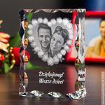 Zdjęcie w szkle otoczone girlandą z róż • DUŻY FOTOKRYSZTAŁ w sklepie internetowym Kryształy3D.pl