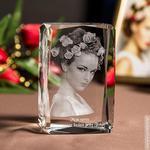 Zdjęcie 2.5D jednej osoby • Grawer 3D zdjęcia • FOTOKRYSZTAŁ 3D w sklepie internetowym Kryształy3D.pl