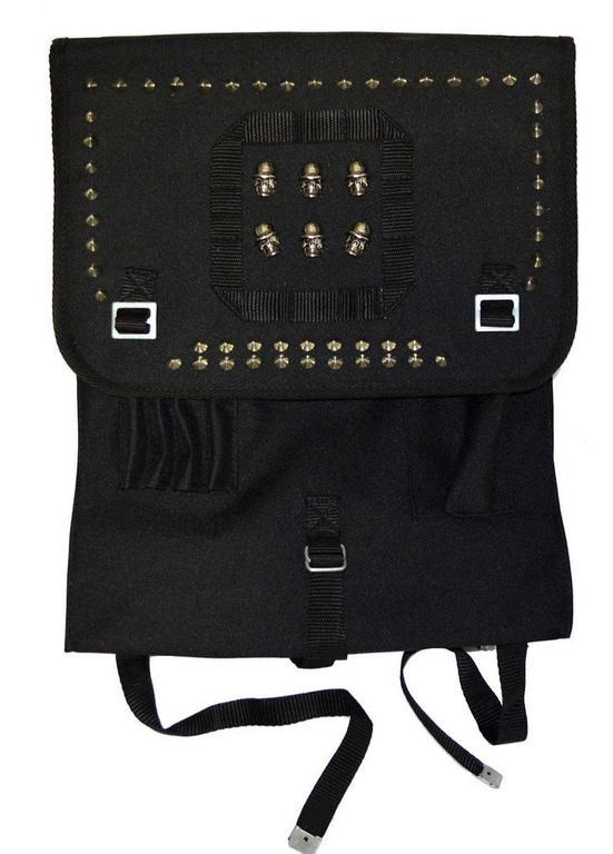 126c4d5783492 Plecak wojskowy, czarna kostka z ćwiekami CZASZKI W HEŁMACH w sklepie  internetowym RockZone.pl. Powiększ zdjęcie