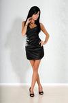 1108-4 Sukienka na ramiączkach z półkwiatem z kamieni na boku - czarna w sklepie internetowym LadyStyle