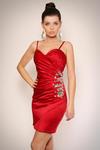 1108-5 Sukienka na ramiączkach z półkwiatem z kamieni na boku - bordowy w sklepie internetowym LadyStyle
