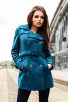 3918-2 Jesienny płaszczyk dwurzędowy z paseczkiem - zieleń w sklepie internetowym LadyStyle