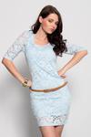 3932-2 Koronkowa sukienka z rękawem 3/4 + pasek - błękitny w sklepie internetowym LadyStyle