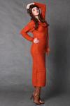 4117-3 Długa wełniana sukienka + szalik - pomarańczowy w sklepie internetowym LadyStyle