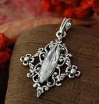 VINCANA - srebrny wisiorek z kryształem Swarovskiego w sklepie internetowym Topsilver.pl