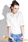 CM0429 KATRUS K004 Koszula damska z pagonami i skójką - ecru w sklepie internetowym Cudmoda