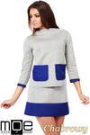 CM1035 Bluza damska z pianki ze stójką i kontrastowymi kieszeniami - chabrowa w sklepie internetowym Cudmoda