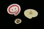 Pinsy metalowe z Twoim logo - wym. 26x23mm - druk UV - PS027 w sklepie internetowym Grawernia.pl