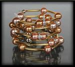 Złota bransoletka z pereł w dwóch kolorach - złoty || różowy w sklepie internetowym Evangarda.pl